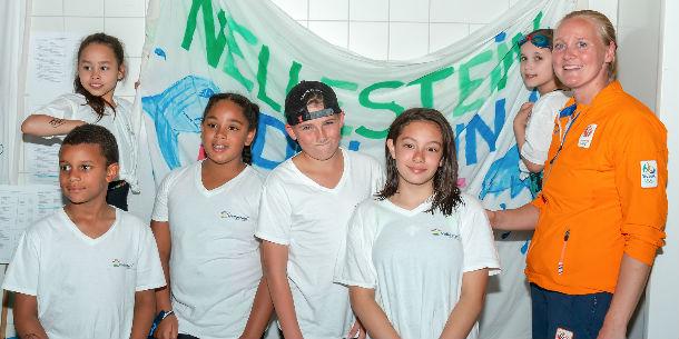 Nellestein 12e bij NK schoolzwemmen