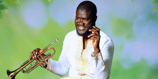 Berima Amo, multitalent van Ghana naar Ganzenhoef