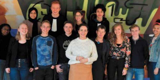 Burgemeester Halsema op bezoek bij Open Schoolgemeenschap Bijlmer