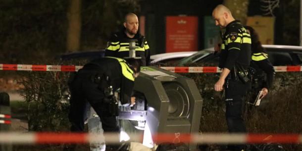 Baby aangetroffen in ondergrondse container in Holendrecht