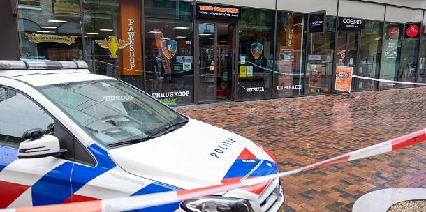 Gewapende overval op Used Products aan Bijlmerplein