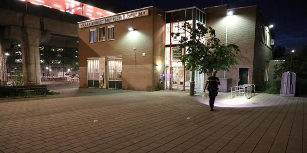 Twee plaats delicten na schietincident in Amsterdam-Zuidoost