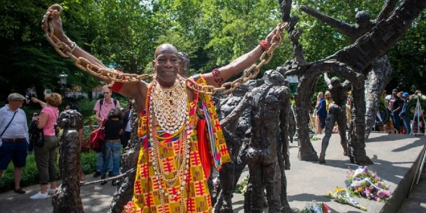 Herdenken en vieren de afschaffing van de trans-Atlantische slavernij op 1 juli 1863.